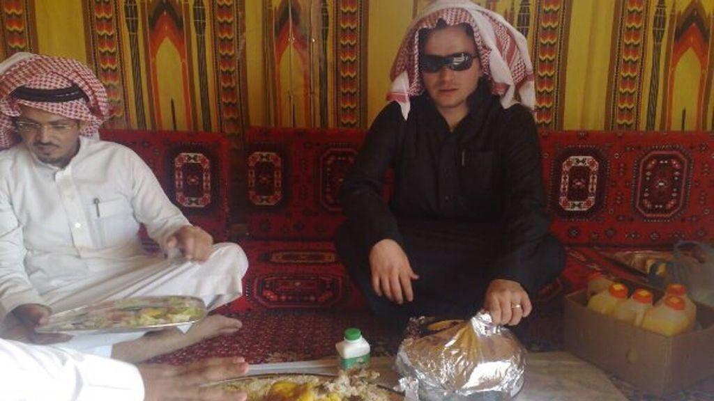 """قصة """"طه حسين كينتش""""  مستشار داوود أوغلو"""