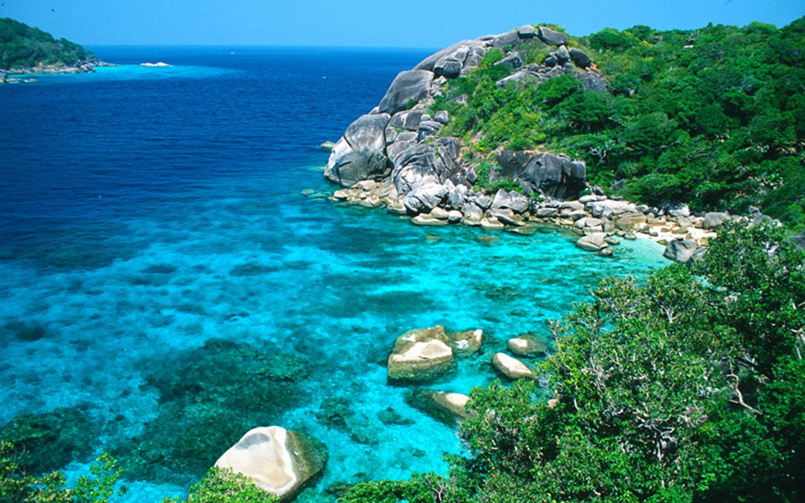 افضل 10 جزر ساحرة في جنوب شرق آسيا