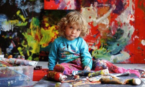 اليتا اندريه (Aelita Andre ) أصغر رسامة محترفة في العالم