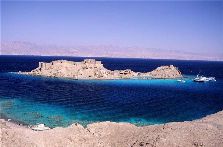 جزيرة فرعون (جزيرة المرجان أو Island Faraun)